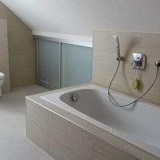 Modernes Badezimmer in Bernsdorf